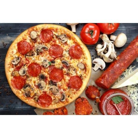Пицца «С колбасой и грибами»