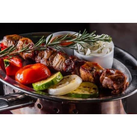 Шашлык по-кавказски с овощами гриль