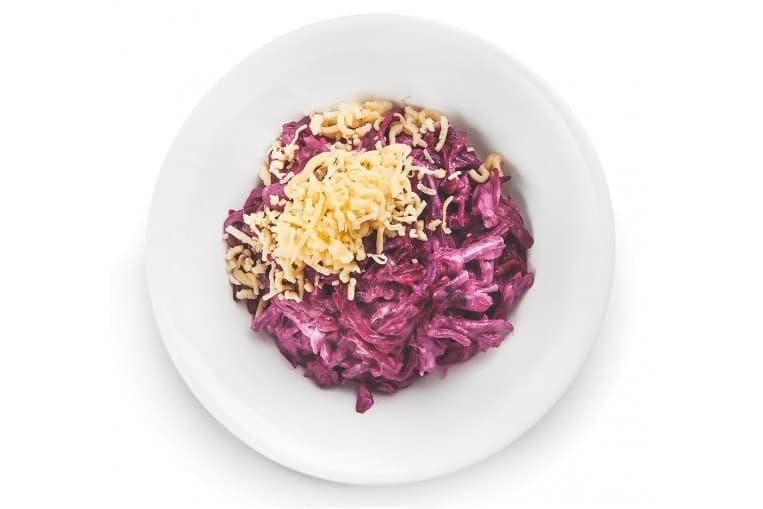 Салат из свеклы с чесноком и сыром