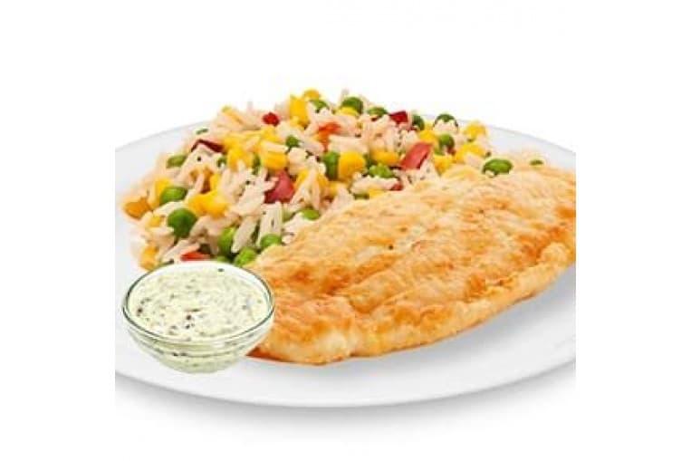 Красная рыба в кляре с соусом «Тар-Тар», рис с деликатесными овощами