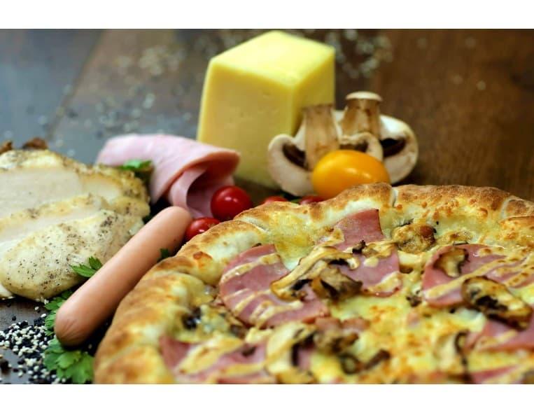 Пицца «Разгуляй с бортиком «хот-дог»