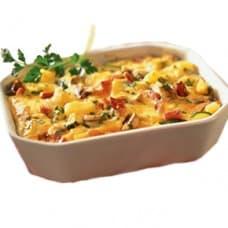 Запеканка из филе красной рыбы с овощами под соусом «Бешамель»