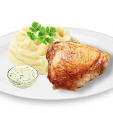 Куриные бедрышки запеченые с соусом «Тар-Тар», картофельное пюре