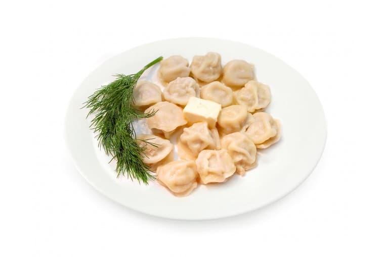 Пельмени отварные с маслом
