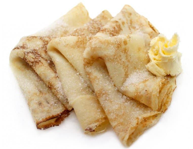 Блинчики с маслом и сахаром